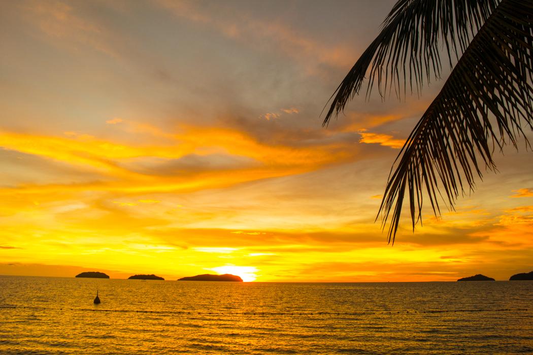 수트라하버 sunset-04224408.jpg