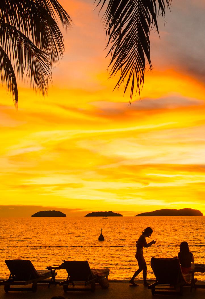수트라하버 sunset-04224440.jpg