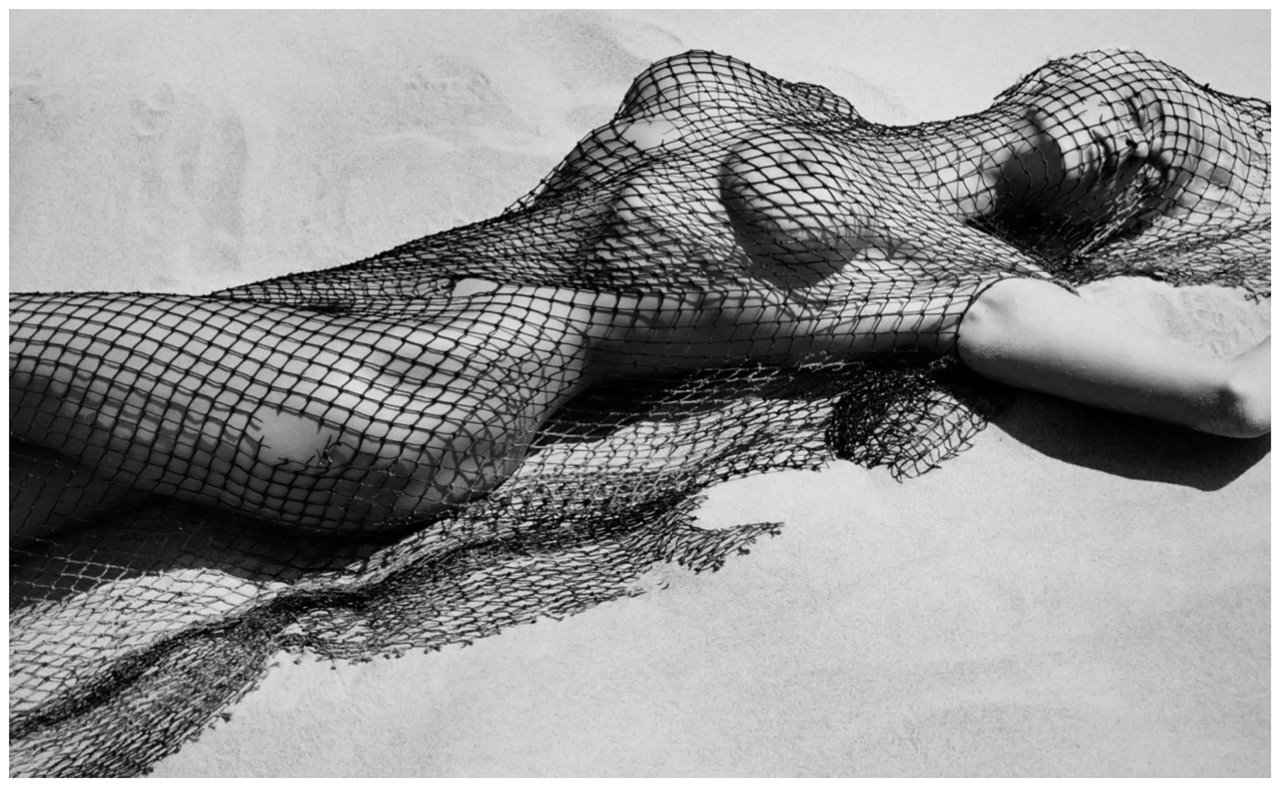 허브 리치 누드 Brigitte Nielsen with Netting, Malibu, 1987.jpg