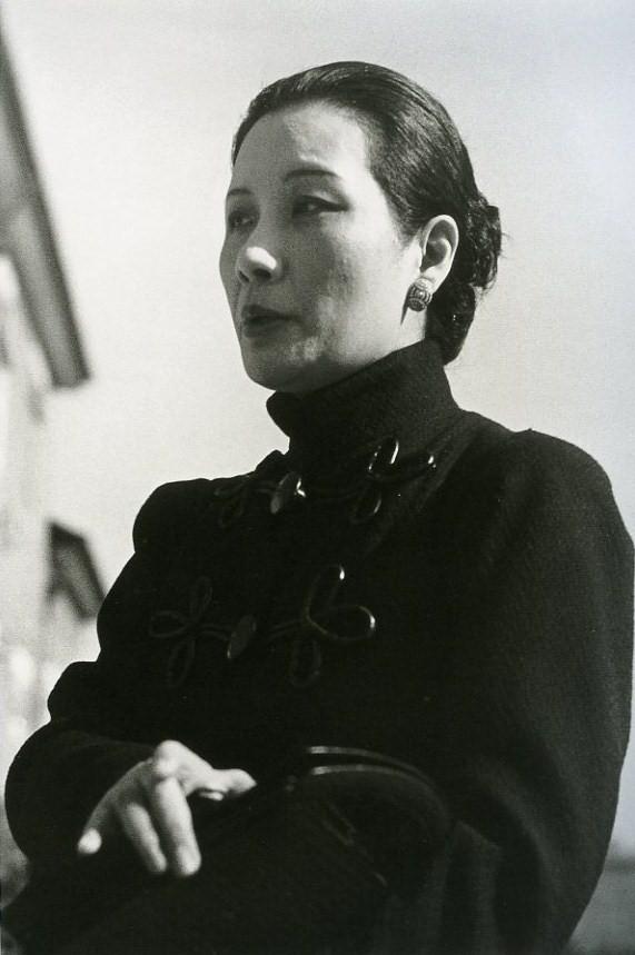 로버트 카파 (Rebert Capa) 1938 여인.jpg