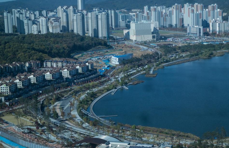경기 흥덕 IT밸리에서 바라본 풍경 - 광고호수공원-6510.jpg