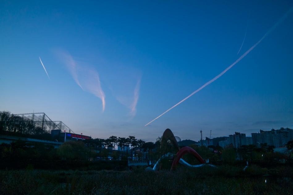 동백호수공원 하늘-7026.jpg