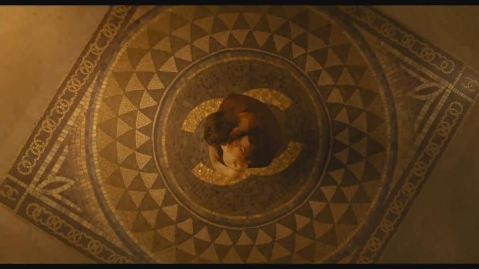 Audrey Tautou - Chanel No. 5 Perfume Commercial Directed By Jean-Pierre Jeunet (Amelie)  (1080p).mp4_20151120_231220.562.jpg