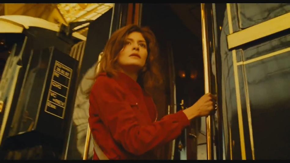 Audrey Tautou - Chanel No. 5 Perfume Commercial Directed By Jean-Pierre Jeunet (Amelie)  (1080p).mp4_20151120_230808.812.jpg