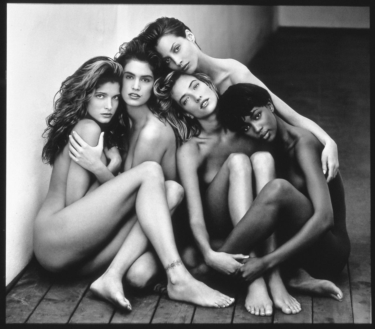 2-stephanie-cindy-christy-tatjana-naomi-hollywood-1989.jpg