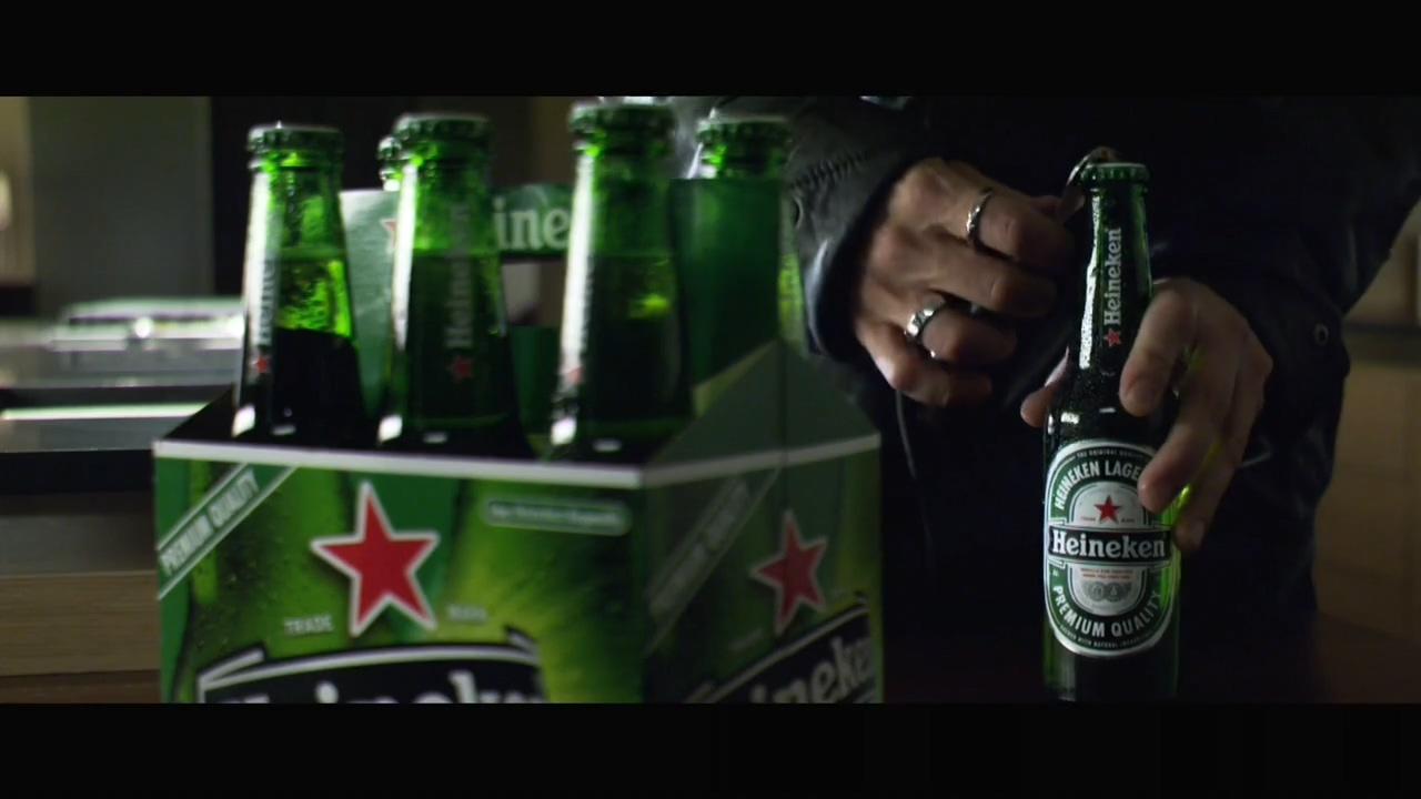 Brad Pitt Heineken commercial(2005).mp4_20160403_123003.687.jpg