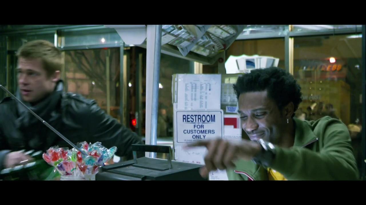 Brad Pitt Heineken commercial(2005).mp4_20160403_122843.250.jpg