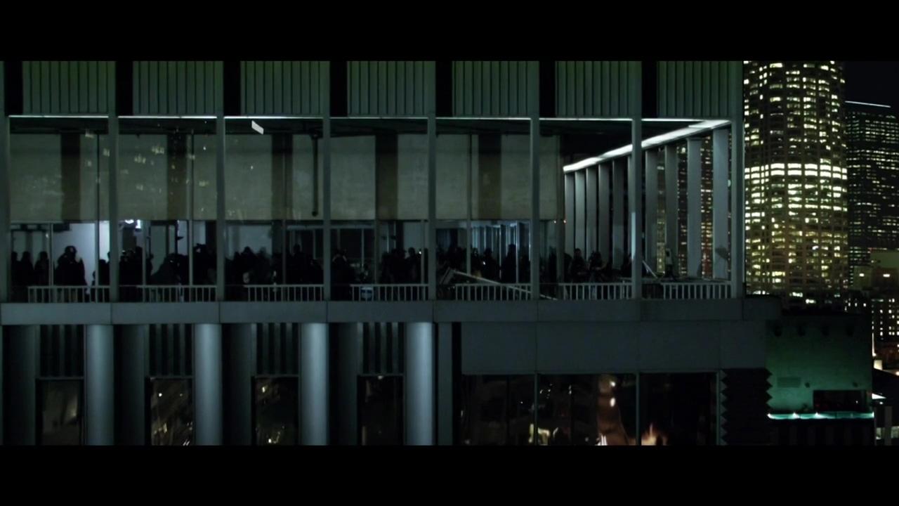 Brad Pitt Heineken commercial(2005).mp4_20160403_122758.250.jpg