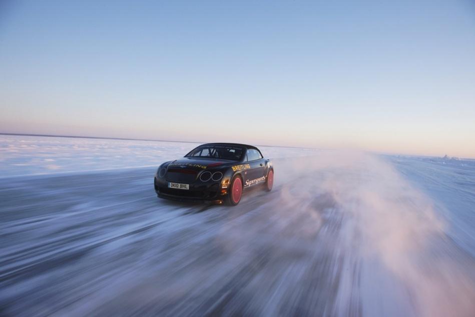 얼음위를 시속330킬로달리는 벤트리축소.jpg