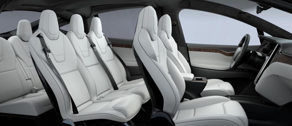 TESLA model X Seating for Seven + Gear.jpg