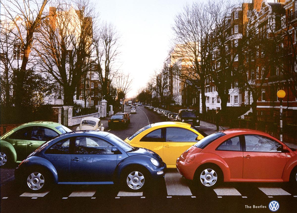 New Beetle 건널목을 건너는 비틀.jpg