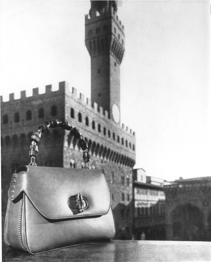 GUCCI Print AD_bamboo bag_1960년 공개된 1947년 뱀부백 광고.jpg