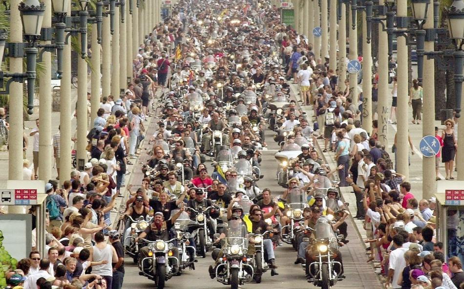 할리데이비슨 110주년 기념 퍼레이드에 참가한 라이더03.jpg