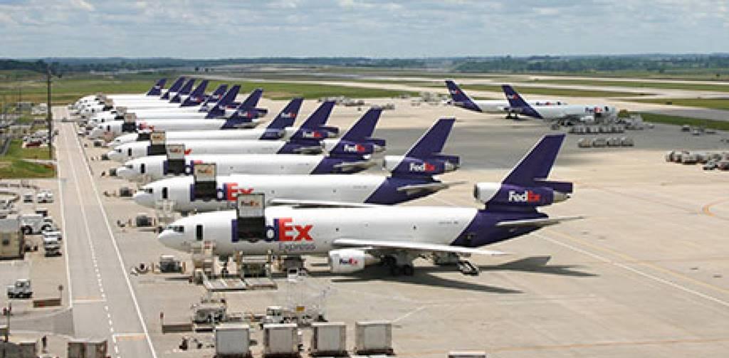 대기하고 있는 페덱스 항공기들 Fedex Flights