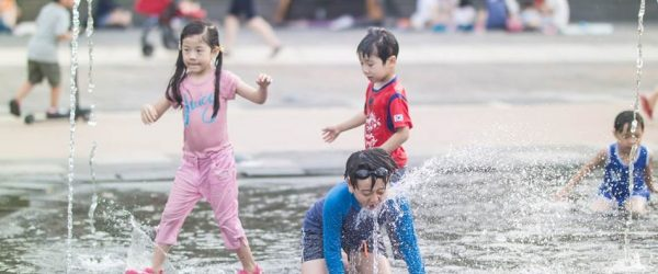 광교호수공원 어반레비(Urban levee)에서 즐거운 물놀이 풍경 5