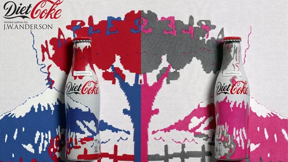 JW 앤더슨 jw Anderson X coca-cola-COURTESY.jpg