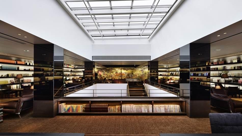 다이칸야마  츠타야의 Anjin Library & Lounge_tsutaya_daikanyamatsutaya-main-02