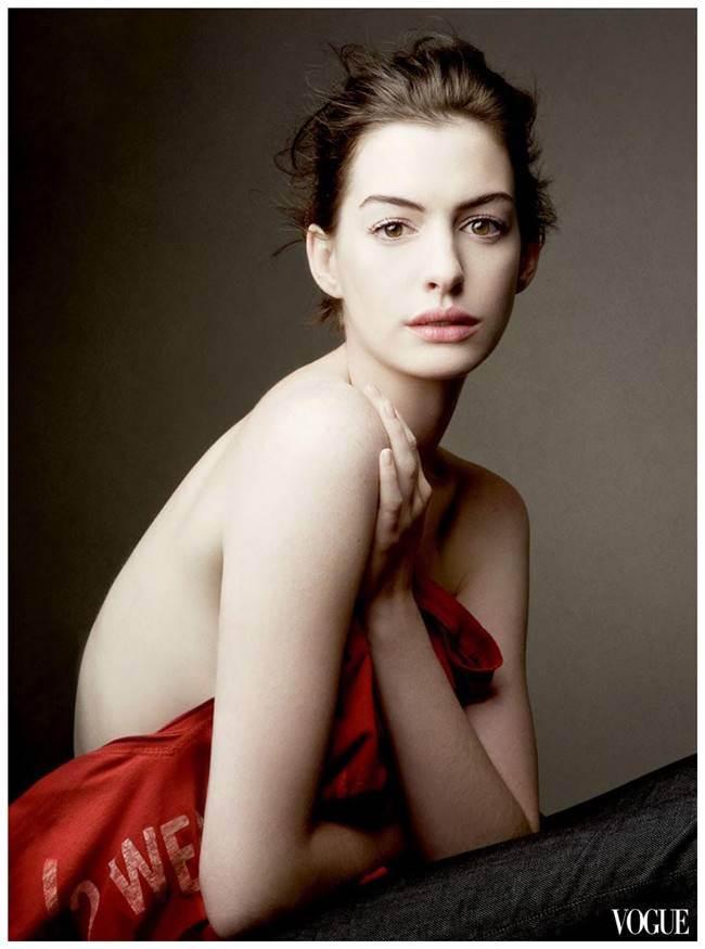 애니 레보비츠(Annie Leibovitz)_Anne Hathaway (Vogue) anne-hathaway-by-annie-leibovitz-208374988