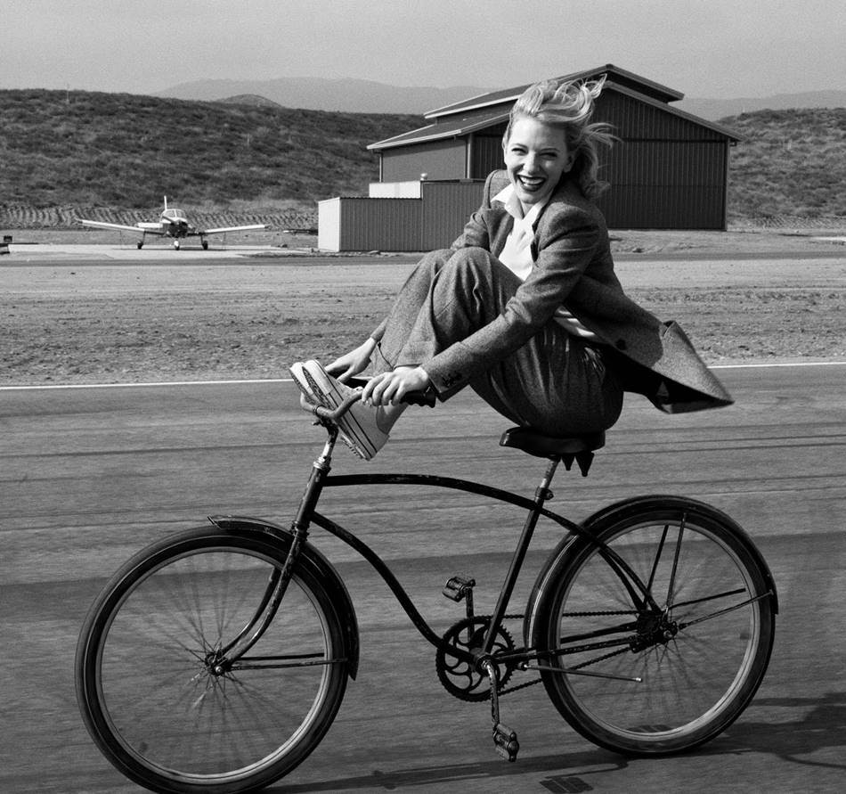 애니 레보비츠(Annie Leibovitz)_crea-evento-14094-cate-blanchett-annie-leibovitz-photoshoot-2