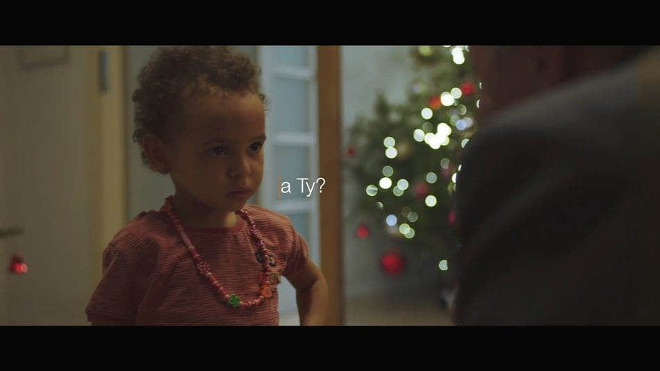 폴란드 온라인 유통업체 Allegro의 크리스마스 광고 English for beginner