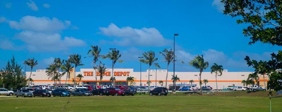 괌 공항근처에 있는 유통점 홈데포