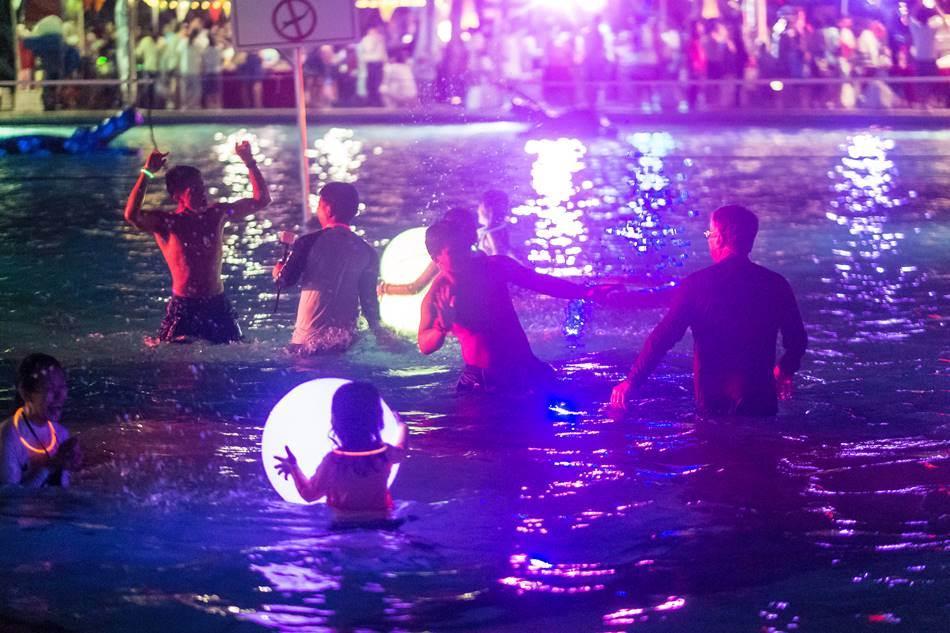 얼렁뚱땅 다녀온 괌(GUAM) 여행기 – 새해 맞이 스플래시 다운 파티(Splash down Party) 12
