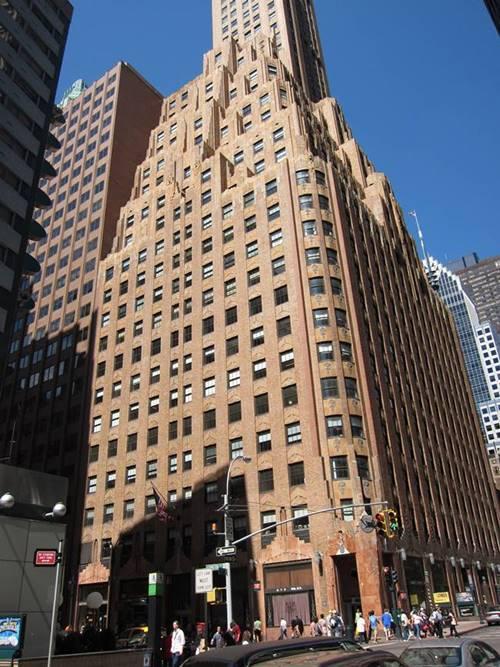 뉴욕 시 렉싱턴 대로 570번지 제너럴일렉트릭 사옥. 570_Lexington_Avenue_(General_Electric_Building)_001