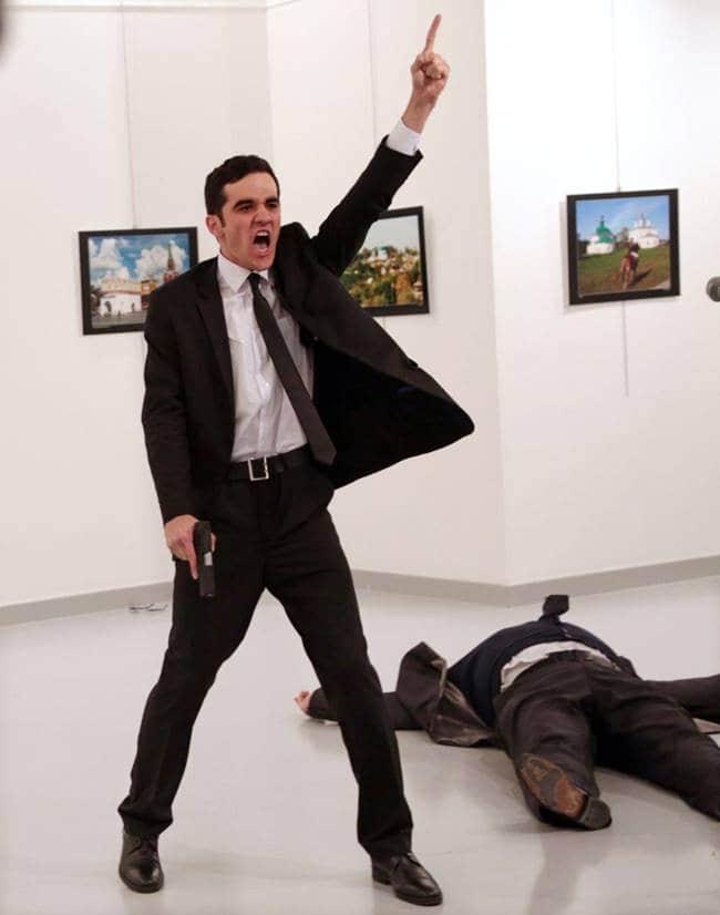 2017 WORLD PRESS PHOTO' Single 수상작 Photo of the Year 터키주재 러시아 대사 안드레이카를포프 암살