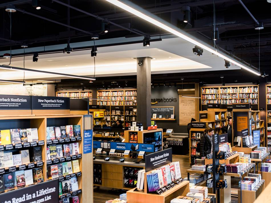 아마존 시애틀 오프라인 서점 The Amazon bookstore in Seattle, Credit Kyle Johnson for The New York Times