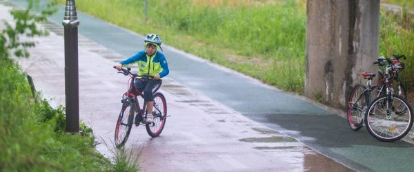 은결이와 봄비 맞으며 자전거를 달려보다 - 동백 호수공원에서 기흥역까지 신갈천을 따라 달리다. 2