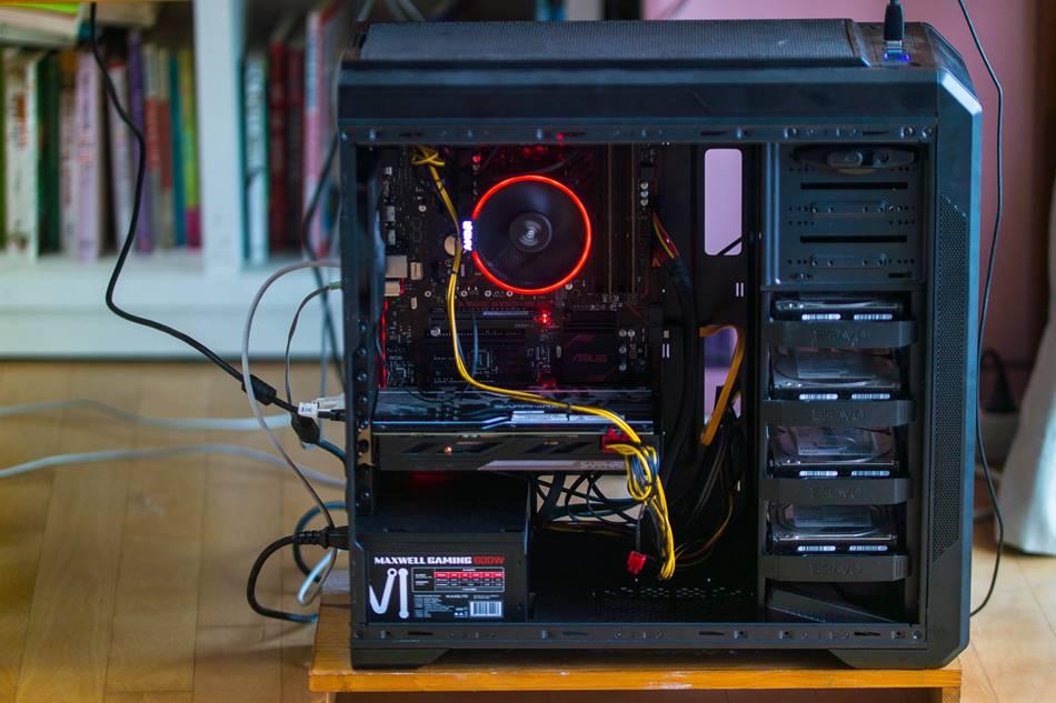 AMD 라이젠(Ryzen) 1700 + Asus Prime B350-plus+삼성 16GB 구성 본체 모습