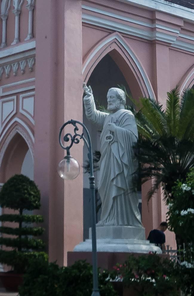 베트남 다낭 여행 - 다낭 대성당 천국의 열쇠를 들고 있는 성 베드로상-6413