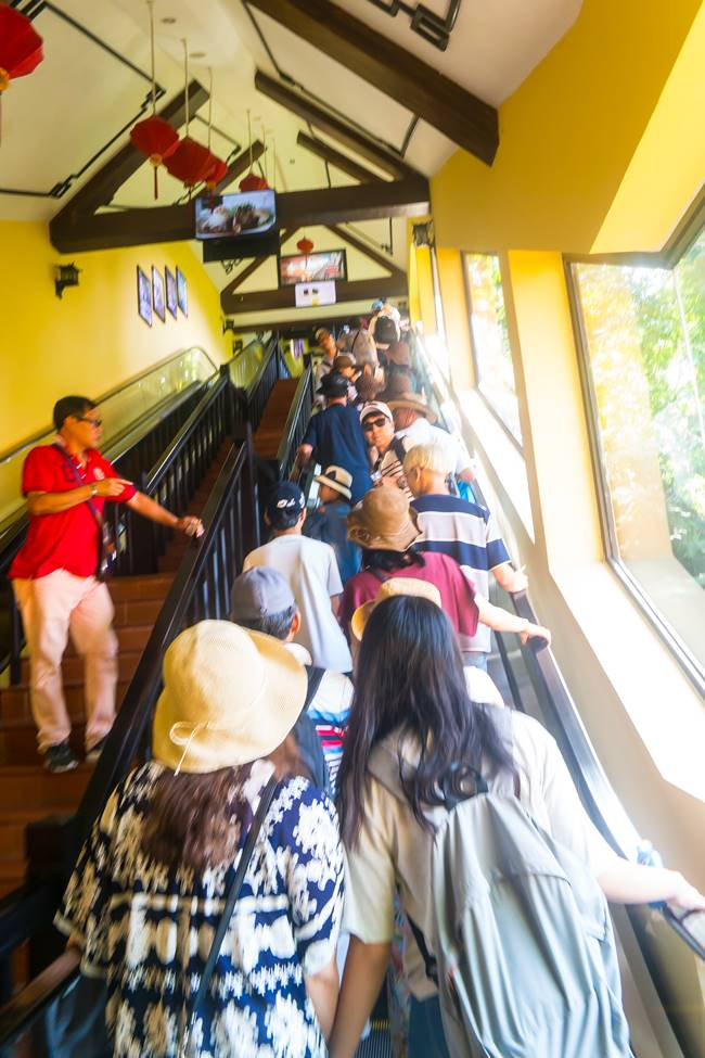 베트남 다낭 여행 - 바나 힐 케이블카 타러 가는 길-3947