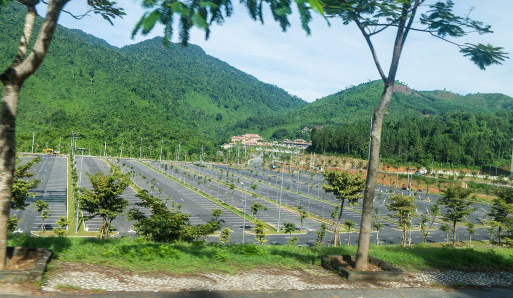 베트남 다낭 여행 - 바나 힐(Bana Hill) 텅빈 주차장-3891