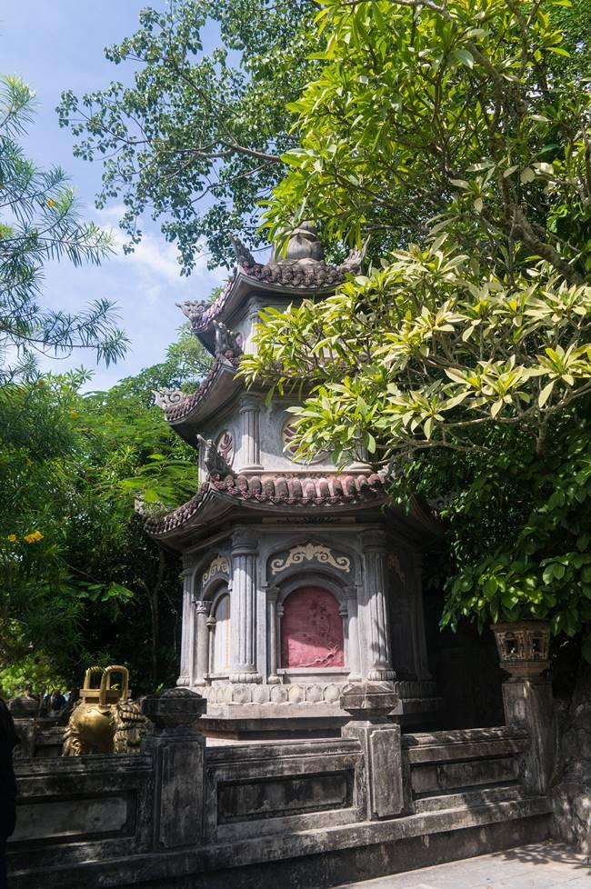 오행산(마블 마운틴) 링웅사(Chua Linh Ung, 靈應寺 영응사) 3층석탑-5883