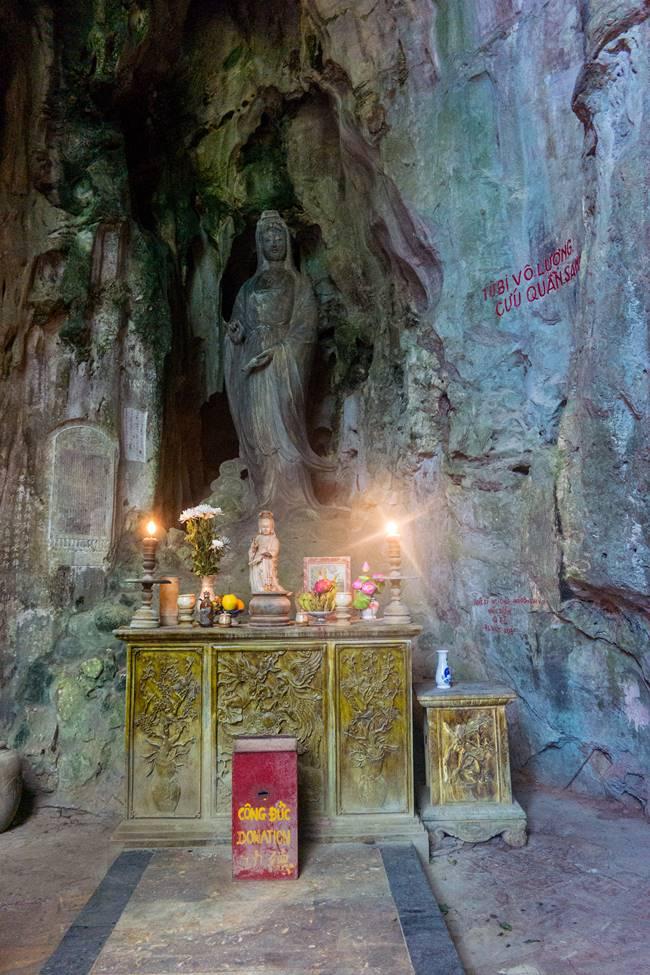 오행산(마블 마운틴) 후옌콩(Huyen Khong- 玄空) 동굴 내부