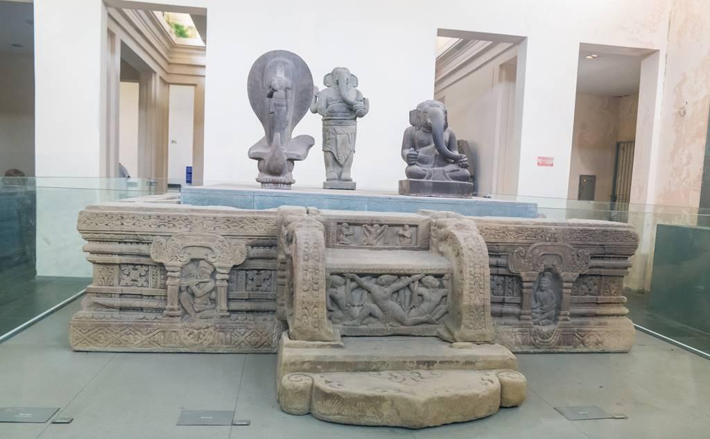 참 조각 박물관 - 석조 제단 장식-6250