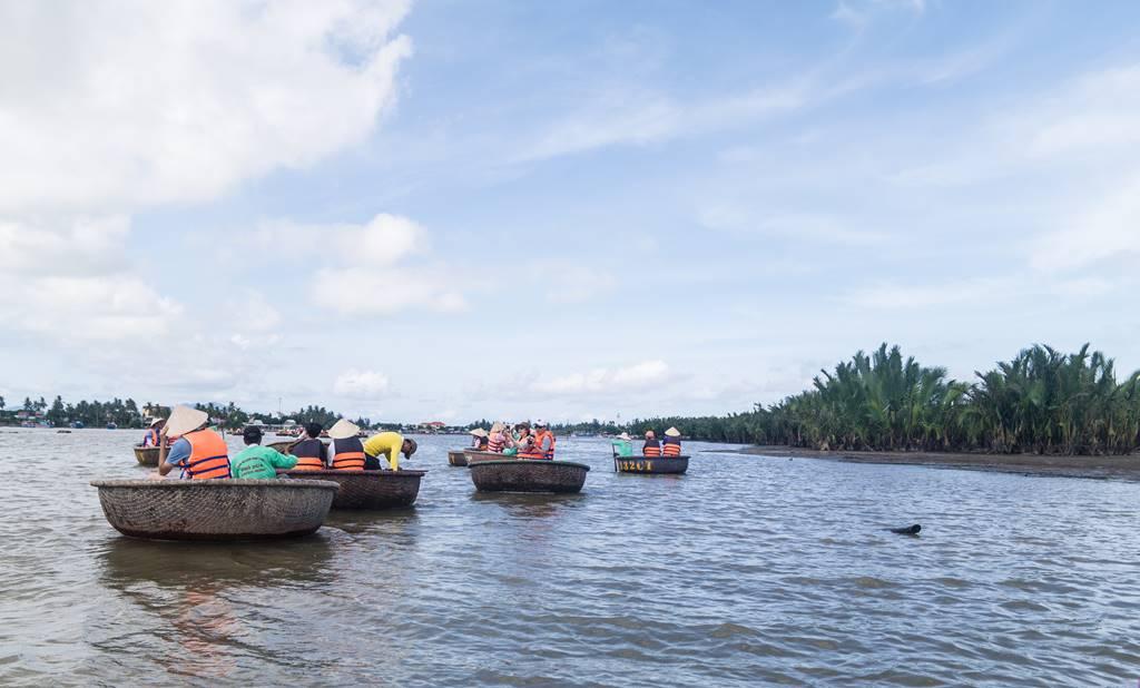 트남 다낭 여행 - 전통배 퉁버이(Thung Boi 바구니보트)-4984