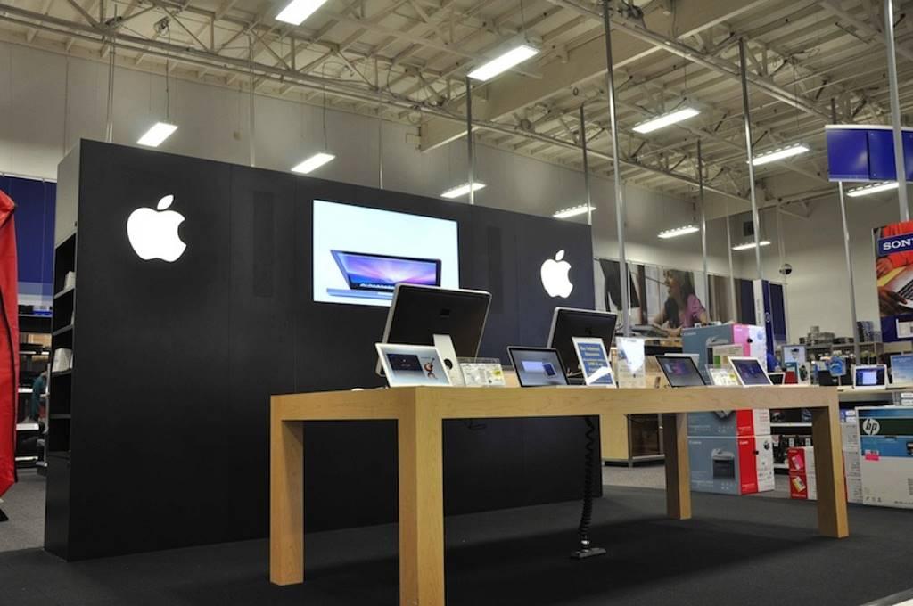 베스트바이에 설치된 애플 샵 best buy apple shop