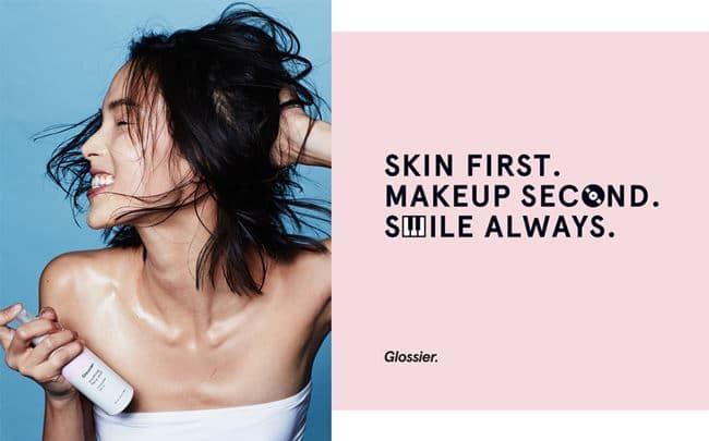 글로시에(Glossie) 스킨 팜플렛 광고 glossier skin