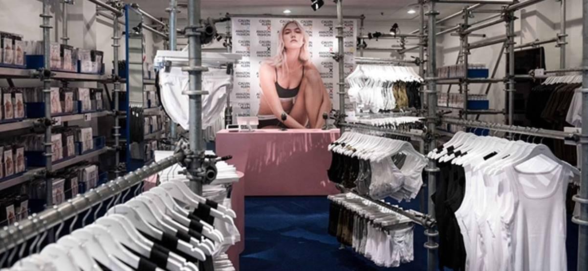 아마존과 캘빈클라인 팝업 스토어 내부 Calvin Klein X Amazon Fashion POP UP shop 02