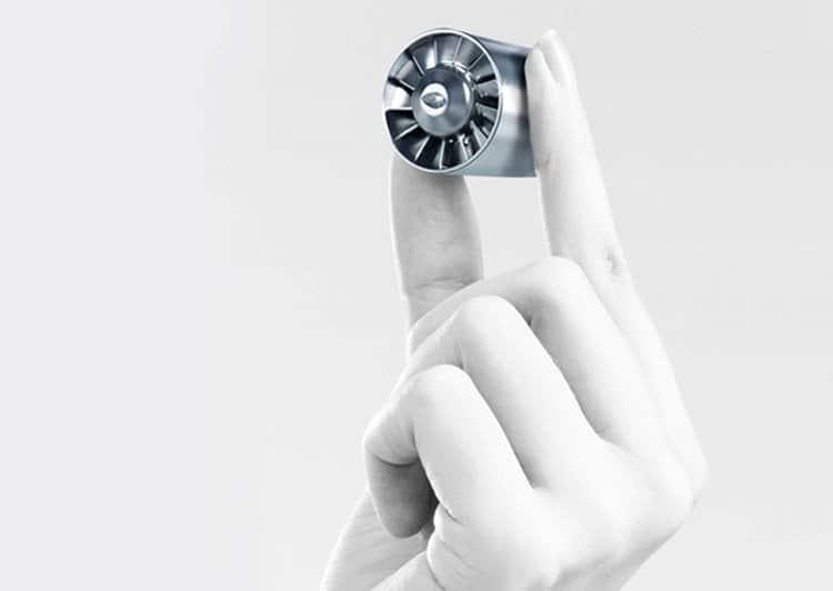 다이슨 슈퍼소닉 헤어 드라이어에 적용된 V9 초소형 모터
