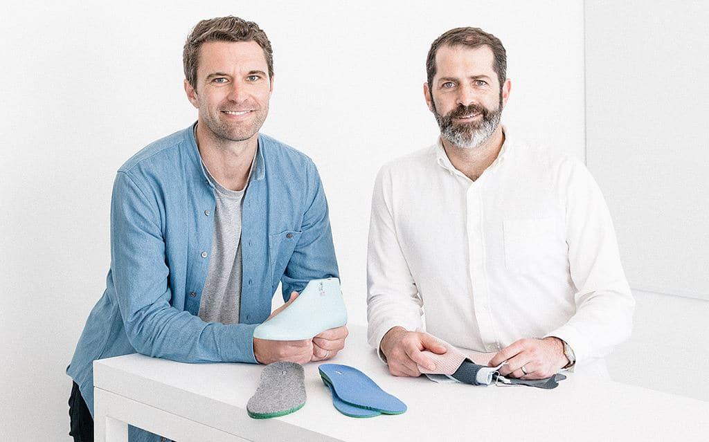 올버즈 공동 창업자 팀 브라운(Tim Brown)과 조이 즈위링거(Joey Zwillinger) Photo JASON HENRY