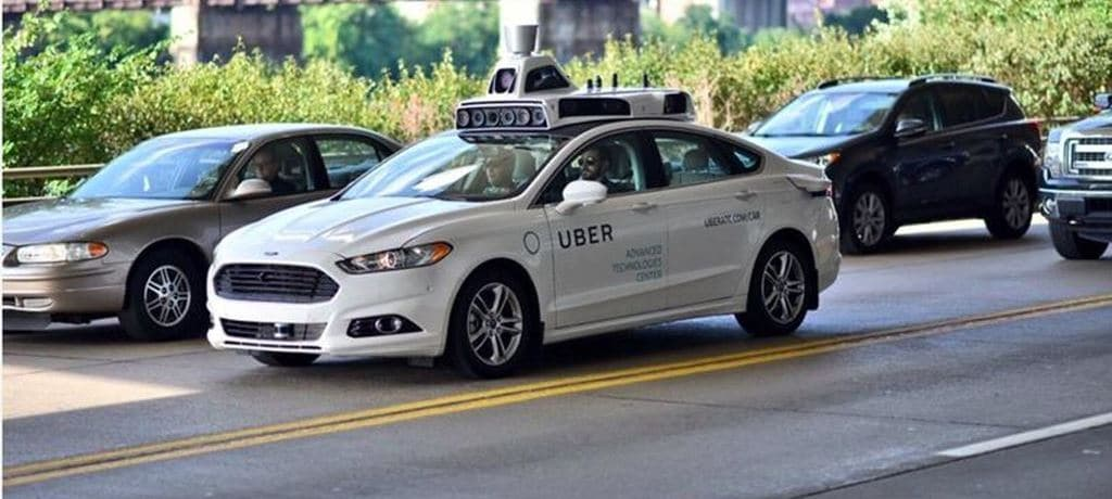 우버 자율 주행 테스트 차량 Uber Self Driving Car Vriverless Car Image - Dave DiCello