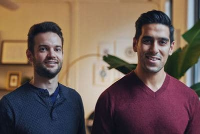 버로우 공동 창업자 스티븐 쿨(Stephen Kuhl 왼쪽)과  카비어 초프라(Kabeer Chopra, 오른쪽) Burrow Founders