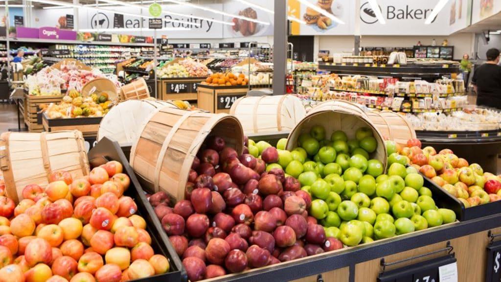월마트 Neighborhood Market 매장 내부 신선 과일 진열 모습, Image - WalMart