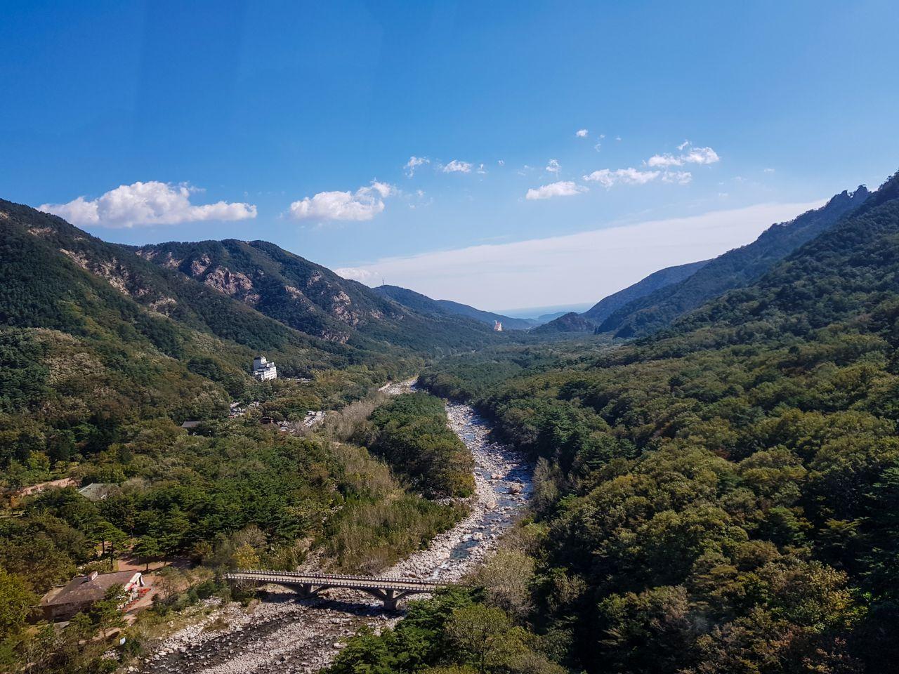 설악산 케이블카에서 바라본 속초 방향 풍경-110149
