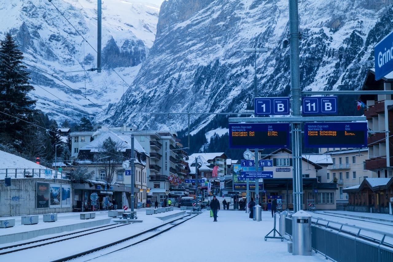 스위스 자동차 여행 - 그린델발트 눈내린 겨울 풍경, Image by Happist-4500