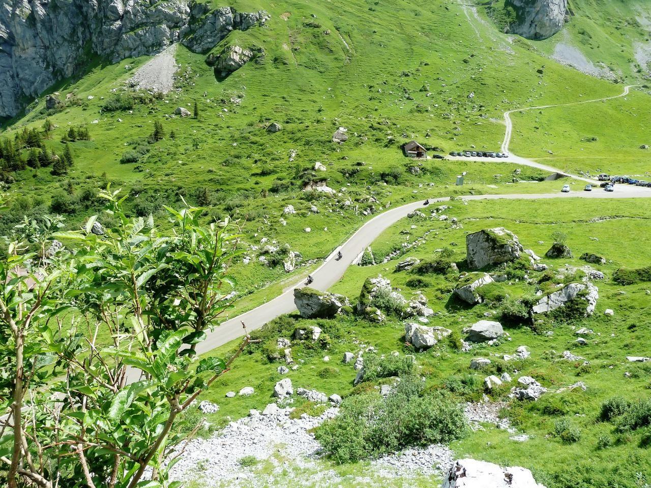 스위스 자동차 여행, 수스텐 패스(Susten PASS)에서 도로 풍경 써니 산, switzerland, Image - xuuxuu