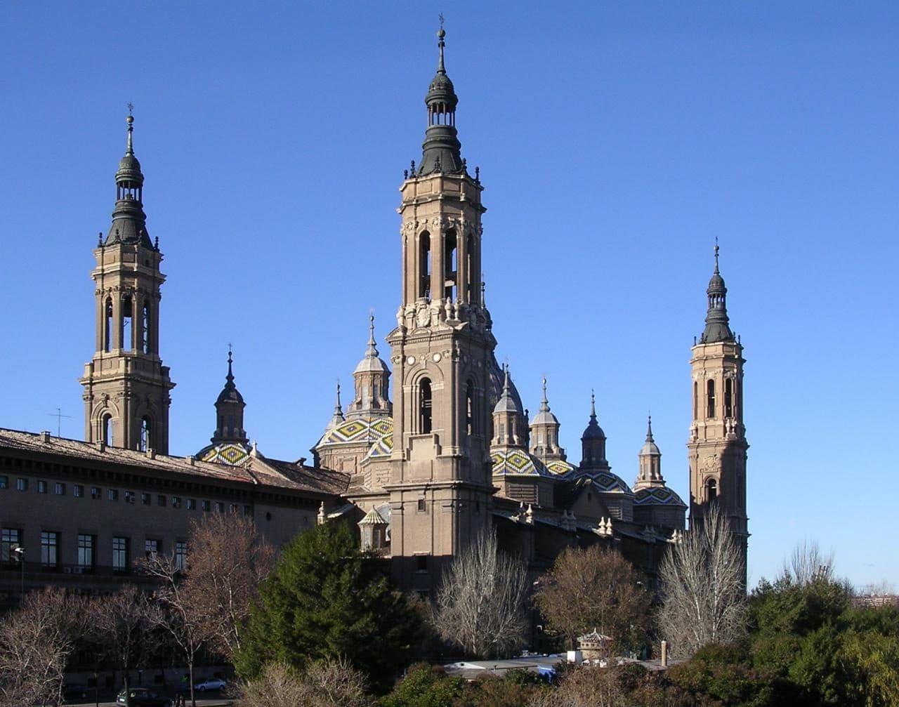 스페인 사라고사(Zaragoza) 필라르 성모 성당(Cathedral-Basilica of Our Lady of the Pillar), Image - Willtron